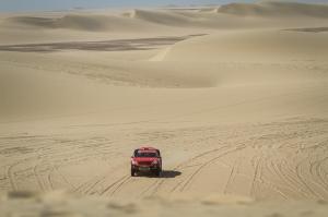 Kuznetsov/Elagin starten bei der Dakar 2014 im SAM