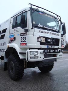 HS_RallyeTeam_Dakar2013_Maurer-MAN_1s_fr